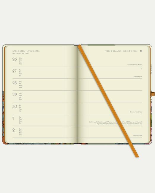 PABUKUxTeNeues_Diary_L_Merman_page